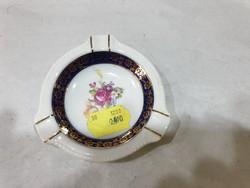 Német porcelán hamutartó