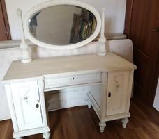Tükrös Fésülködő asztal - 100 éves fehér Leányka stílusú (20-as évekbeli Antik virágos bútor)