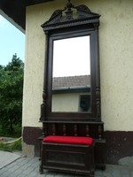 Ritkaság! Nagyon magas antik ónémet előszobafal / tükör ülőkével az 1800-as évekből egy kúriából