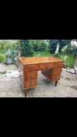 Pudre fésülködő asztal 1700 végéről
