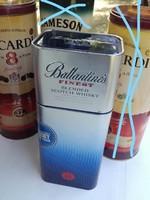 Ballantines ,Kék-ezüst, téglatest  alakú ,nagyon ritka italos fém dísz doboz