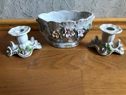 Gyönyörű virágmintás porcelán gyertyatartók és tálka / kínáló