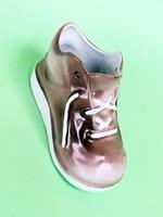 Aquincumi ritka színű ballábas cipő, szerencsehozó