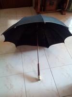 Régi bakelit nyéllel, férfi fekete anyagu esernyő!