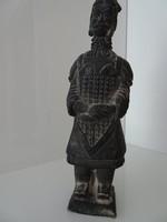 Kínai terrakotta katona, szép  állapot.
