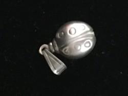 Medál-KATICA-ezüst 925-ös finomságjelzéssel