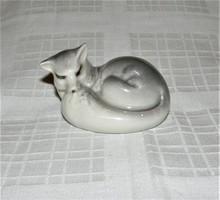 Farkas ritka porcelán figura