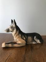 Porcelán kutya dísztárgy jelzett P136