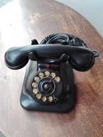 Régi,reto bakelit tárcsás telefon