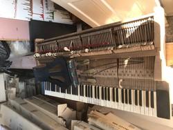 Zongora alkatrészek
