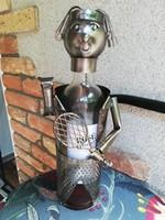 Fém figurális bortartó 33 cm