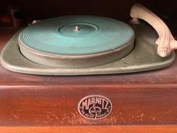 A magyar ipar gyöngyszeme: Árt deco lemezjátszó szekrény