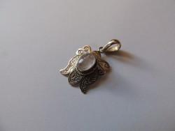 Csillogó, halvány rózsakvarc ezüst medál