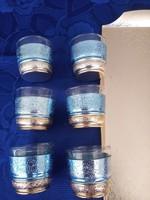 Retró likőrös poharak tálcával