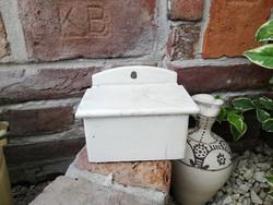 Fa fali sótartó. Nosztalgia darab, paraszti dekoráció