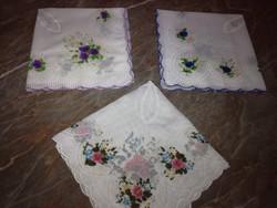 3 db női zsebkendő
