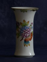 Herendi  váza.