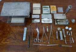20 db.retro orvosi eszköz