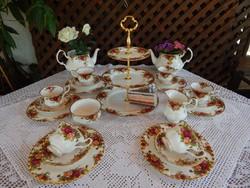 """ROYAL ALBERT """" Old Country Roses """" Angol rózsás csontporcelán teás süteményes készlet"""