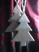 Fenyő karácsonyfadísz - fa ezüst