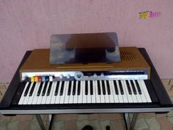 EKO Tiger Mate DL, elektromos orgona, eredeti táskájában, tartozékokkal. Hangszer gyűjteménybe való.