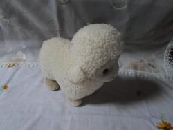 Játék állatfigura – bárány