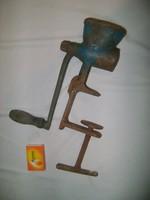 Antik öntöttvas mákdaráló - gyűjteménybe vagy népi dekorációnak