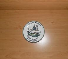 Herr Fayence porcelán falitányér Lovas klub 1977 15,5 cm (n)