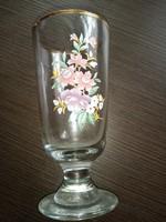 Virágmintás talpas pohár