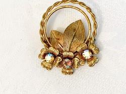 Retro arany színű bross irrizáló kővel
