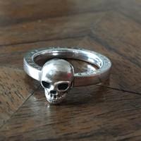 Thomas Szabo halálfejes ezüst gyűrű 52