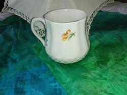 Hazai pocakos porcelán bögre....Kőbányai Porcelángyár terméke.