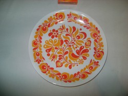 Népi motívumos Alföldi porcelán falitányér, tányér