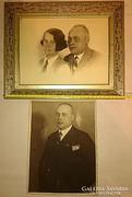 2 db 1933-as Német eredeti fotó,korabeli szép képkeretben! Lásd a párt kitűzőt a zakóján!