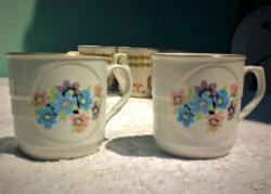 Antik szép kötényes teás bögre párban a 2 db