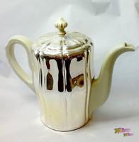Bordázott oldalú, neobarokk stílusú kávés, teás, italos kanna termosz porcelán betéttel Bavaria.