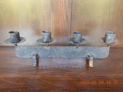 Négy ágú, kovácsoltvas gyertyatartó