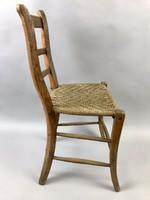 Fonott üléses paraszt szék
