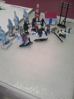 Makett figurák csoportban