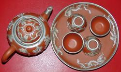 Keleti agyag csészekészlet sárkányos ezüst rátétekkel