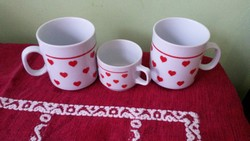 Zsolnay szívecskés bögrék 2 db + ajándék kis kávés csésze