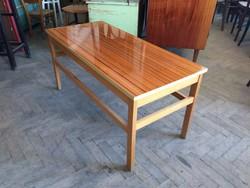 Retro régi magasfényű mid century asztal 110cm