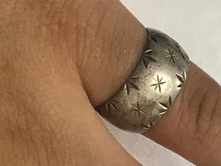 Gyönyörű ezüst gyűrű 19 mm belső átmérő