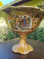 Kínai készítésű XX.századi díszes, festett porcelán tál