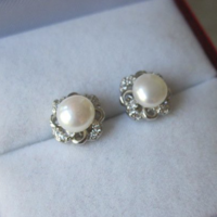 Klasszikus elegáns igazgyöngy fülbevaló ezüst, nagymamáink ékszereit idézi