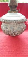 Lüszter-majolika lámpához petróleum tartó eladó.