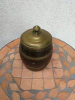 Dohánytartó antik  doboz, hordó forma! Réztetejű, bőr oldallal!100 éves kb, de használható ma is!