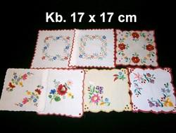 Kalocsai virág mintával kézzel hímzett négyzet alakú terítő kb. 17 x 17 cm darabra