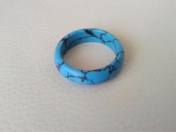 Féldrágakő gyűrű