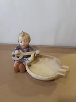 Hummel porcelán, régi, hamutartó, 10 x 15 cm-es.